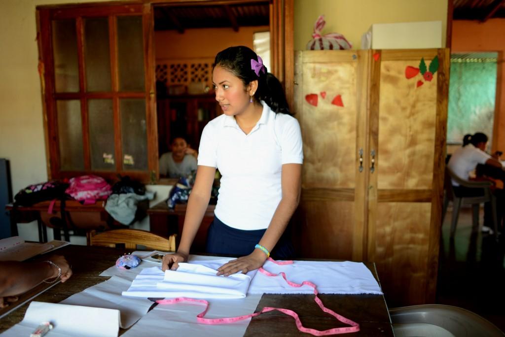 000---girl-in-workshop---l_9344349424_o